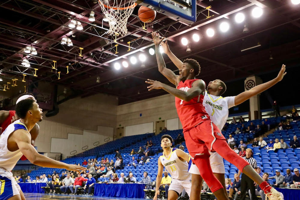 Lobos travel to California for first game of the year