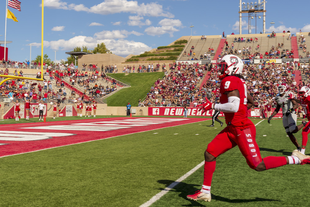 Lobos claim victory over Aggies in high-scoring game