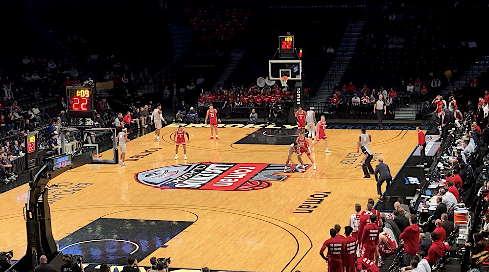 MBB: Lobos bounce back with win over Wisconsin