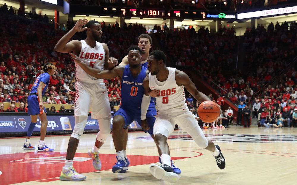 Lobos hit the road to take on Wyoming in second MW game