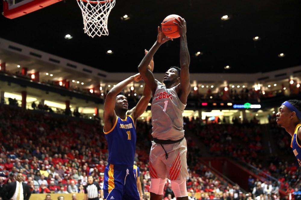 New Mexico remains undefeated at home after 27-point victory