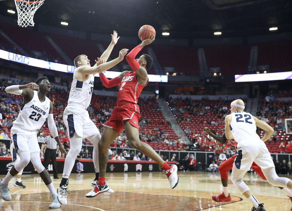 Lobos host Utah State for regular-season finale